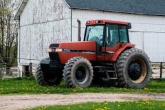 tractorbarn