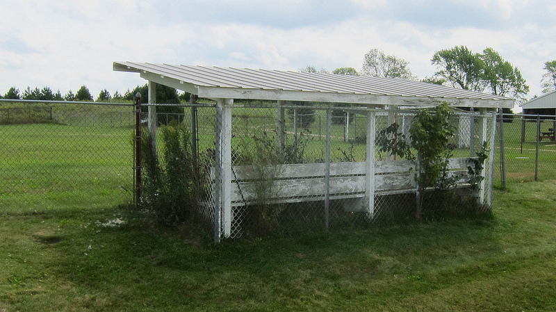 Old_dugout