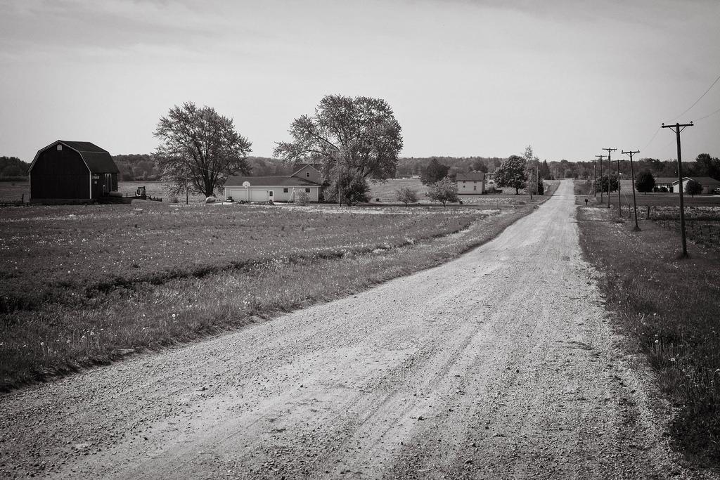 Michigan_Dirt_Road