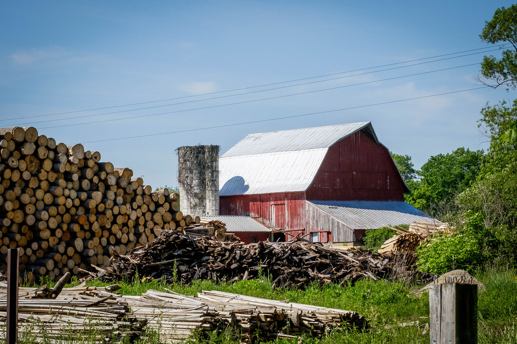 amish-lumber-yard