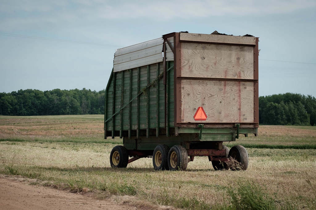 green-haywagon-2