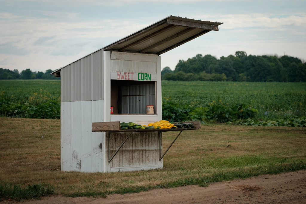 road-side-shack-veggies
