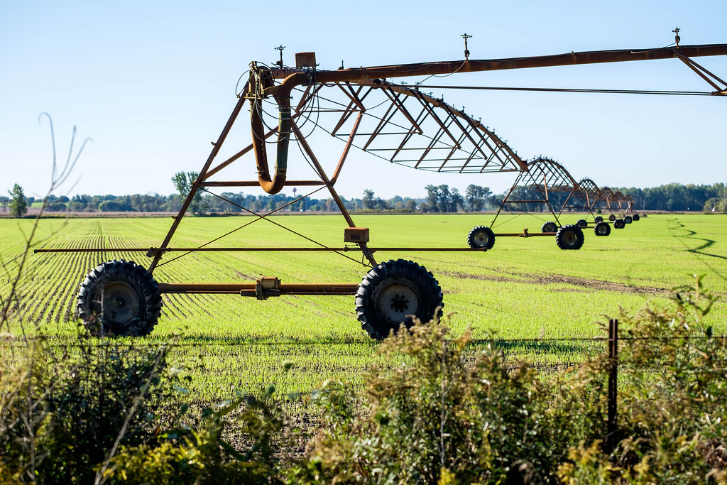 irrigator-cover-crops