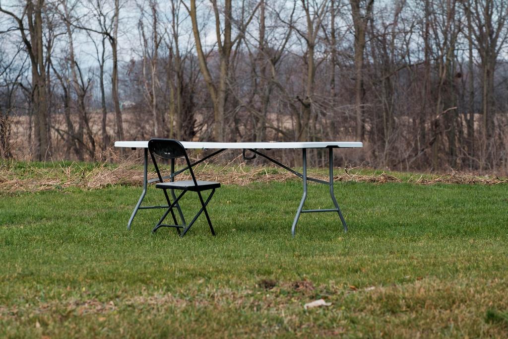 lone-chair