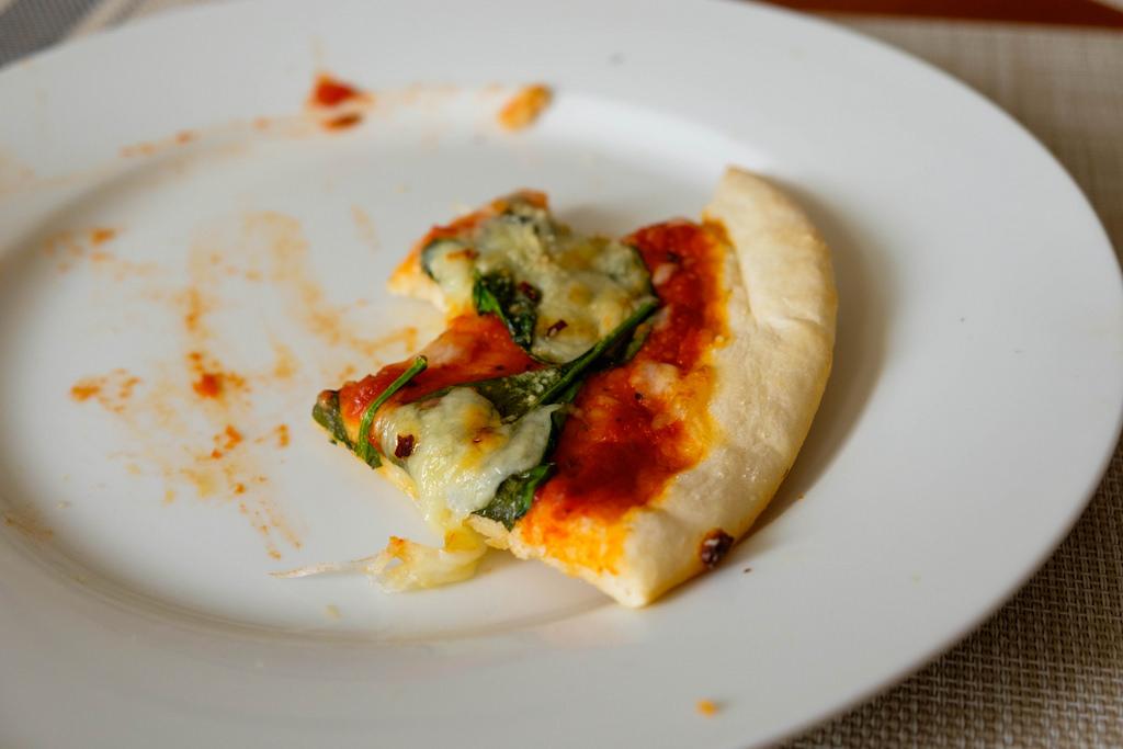 spinach-pizza-slice